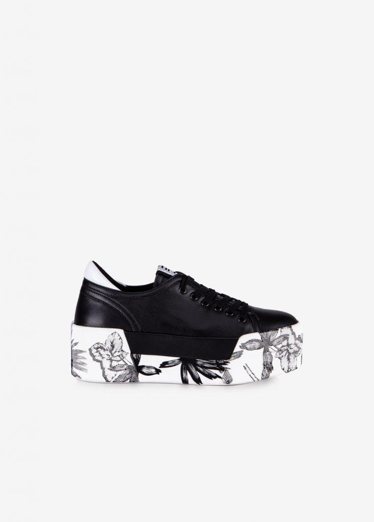 Come scegliere la sneaker giusta e abbinarla a diversi outfit?