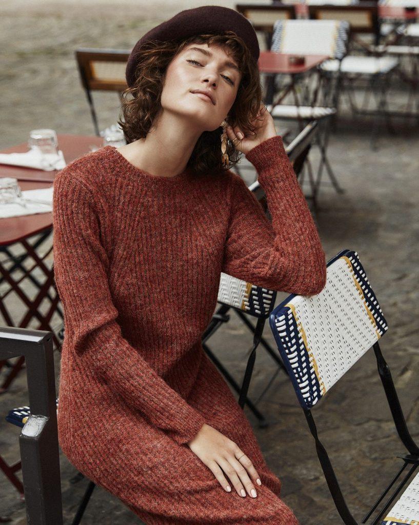 Capi base guardaroba femminile: per rinnovare l'abbigliamento comincia con il look minimal!