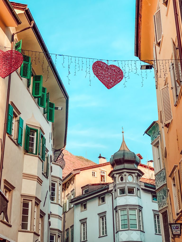 Magica Bolzano: atmosfera natalizia, buon cibo ed un soggiorno luxury
