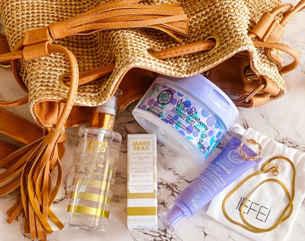 James Read e prodotti beauty imperdibili per l'estate